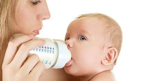 Real-Life Nutrition Solutions for Your Baby: 4 to 5 Months